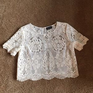 NWOT ASTR Lace Cropped Blouse
